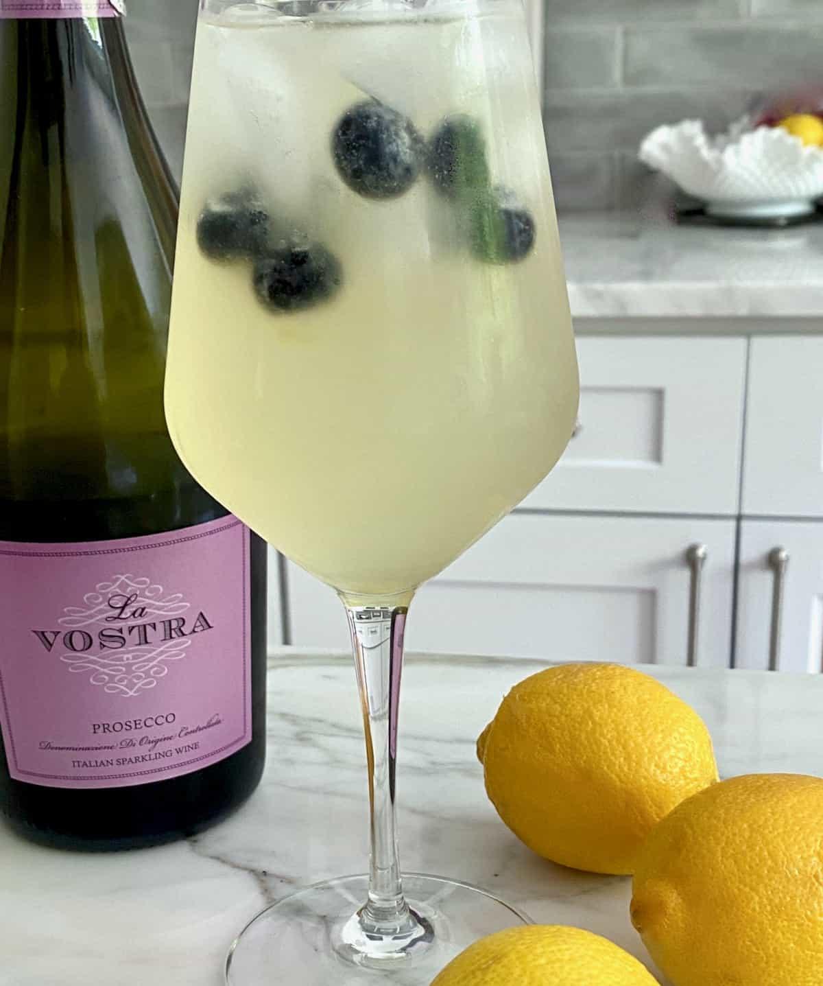 sparkling elderberry lemonade